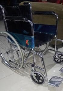 sewa kursi roda standar